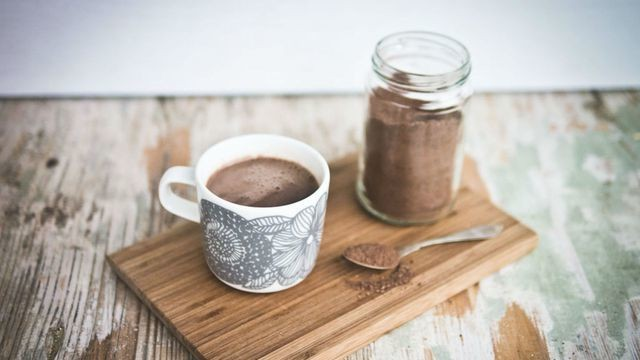 25 sweet hot chocolate recipes to keep your holidays cozy