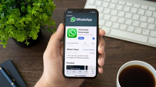 WhatsApp's New iOS Update Brings Call Waiting, Braille Keyboard Support And More - Tech
