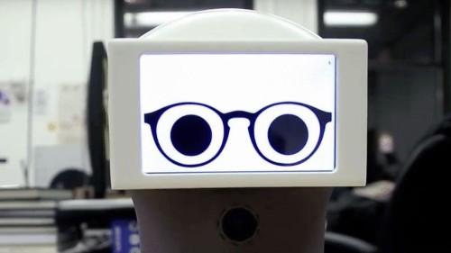 Genius builds robot that communicates in GIFs