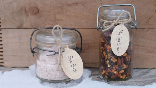 12 Delectable Mason Jar Gifts for Foodies