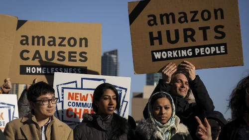 Amazon could have helped a city that needed it. Instead, it screwed everybody.