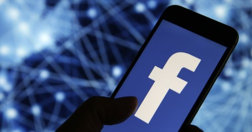 Australia sues Facebook for $529 billion. That's more than the government makes in a year.