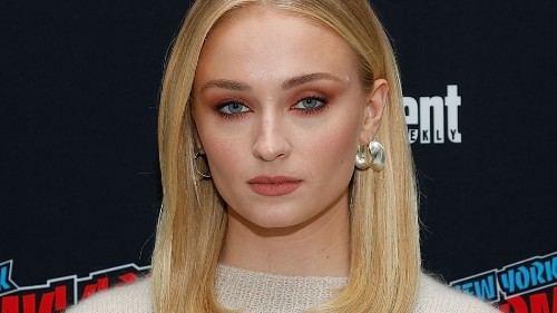 Game of Thrones' star Sophie Turner tweets a powerful thread about mental illness