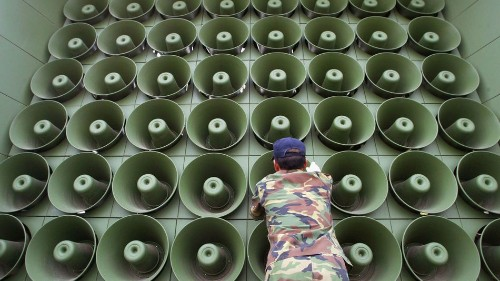 North Korea to South Korea: Turn off your loudspeakers or it's war