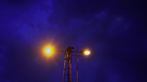 India is majorly changing the way its streets light up at night