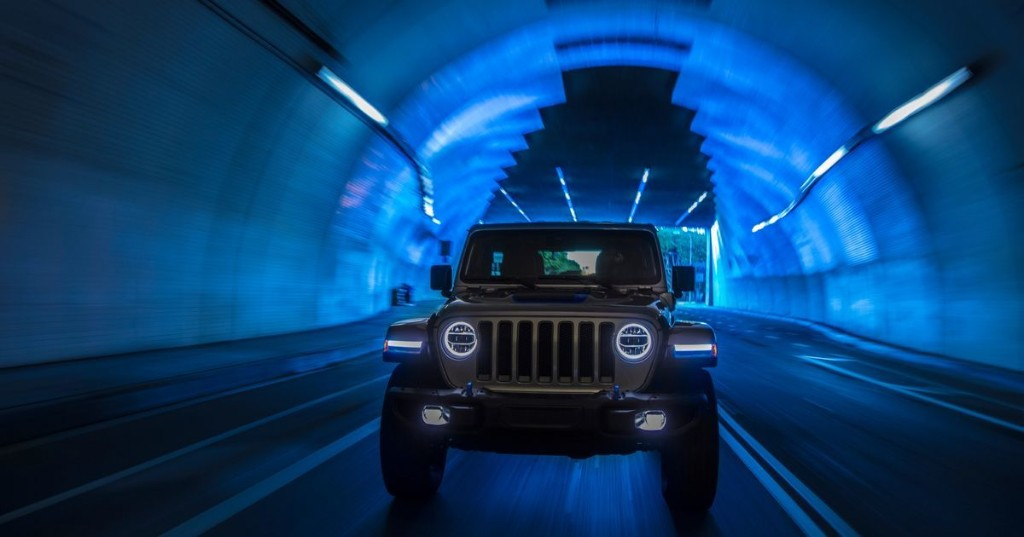Jeep's first electric vehicles include an e-bike and hybrid Wrangler