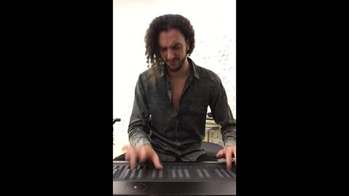 Keyboardist nails the bass in Michael Jackson classic
