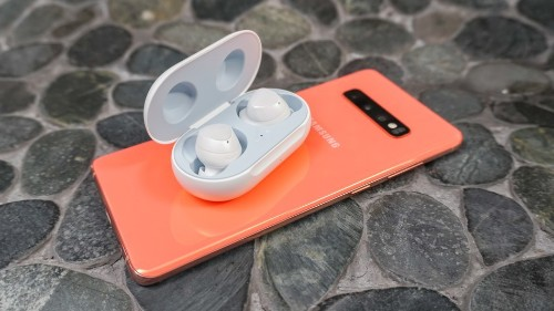 Samsung Galaxy Buds last an hour longer than AirPods on a single charge