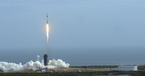 SpaceX will send 4 (probably very rich) space tourists into orbit