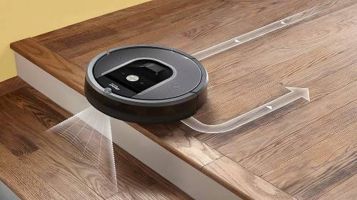 iRobot Roomba 960 robot vacuum cleaner on sale for over £300 off on Amazon