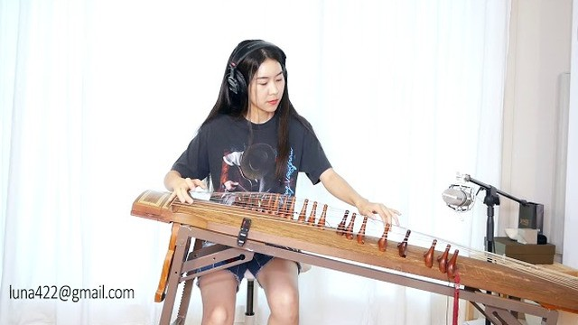 Watch this awesome cover of Jimi Hendrix's 'Voodoo Child' on a traditional Korean instrument