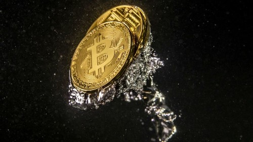 With all eyes on Libra, Bitcoin drops deep below $10,000