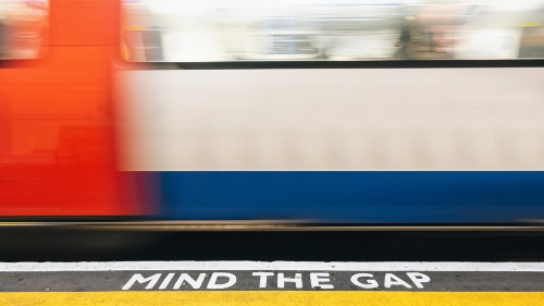 At long last, full 4G is finally coming to the London Underground