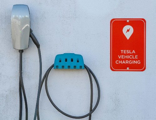 How To Maximize The Life Of Your Electric Car's Battery, According To Science