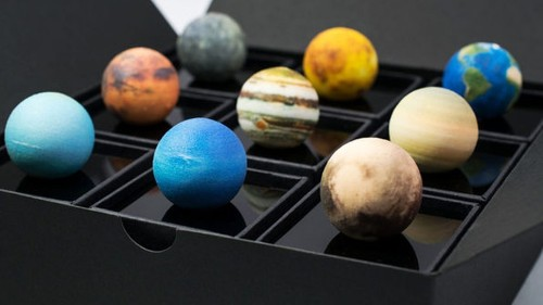 This solar system AR toy proves that you don't need to be an astronaut to explore space