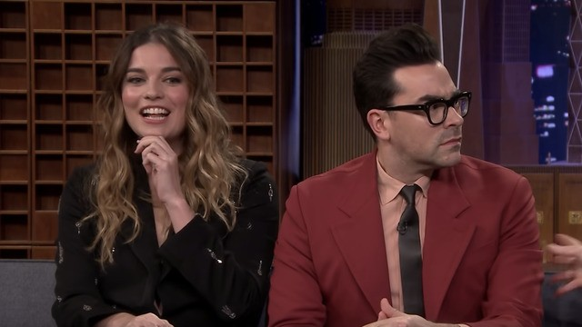 'Schitt's Creek' stars reveal a pizza-related fight happened on set