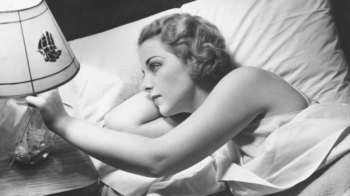 5 simple bedtime rituals that will make your mornings so much easier