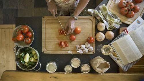 14 apps to help you shop, cook, and eat better