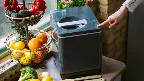 This sleek indoor composter can help you reduce food waste and save the planet at the same time
