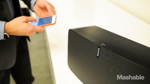 Sonos Play:5 has booming sounds and intriguing smarts