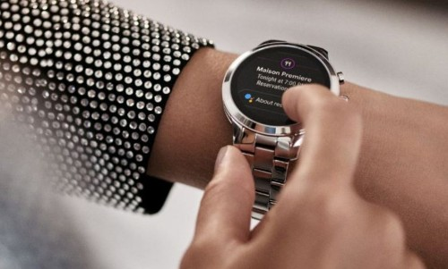 The Smartwatch Arena Gets A Blingy Newcomer
