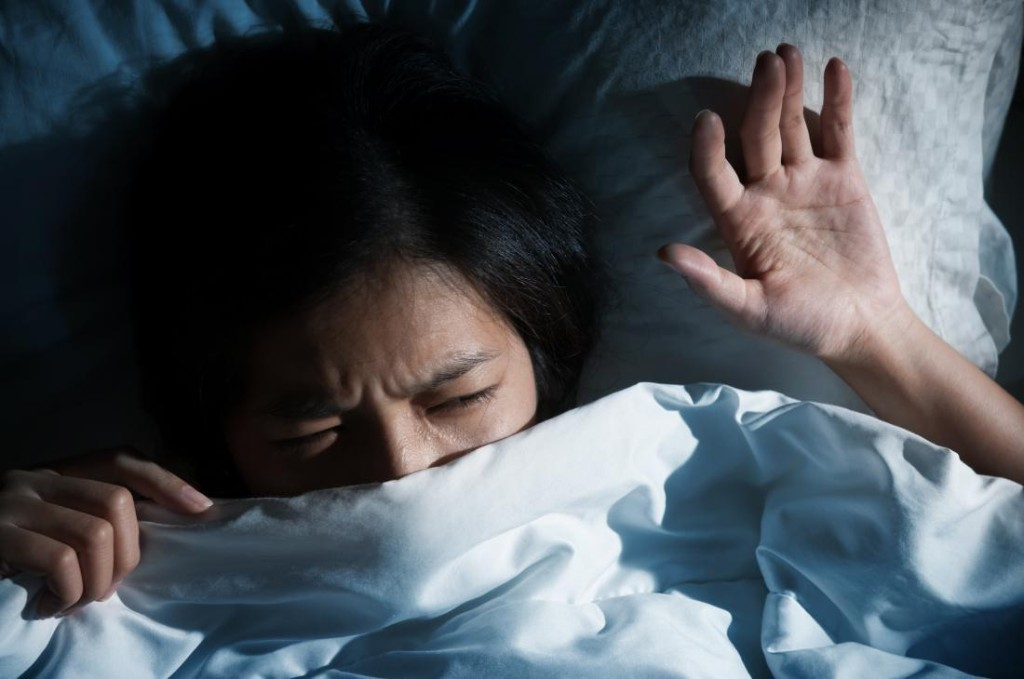 People under lockdown are struggling with sleep and having vivid dreams, according to recent data