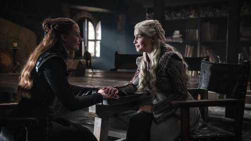 Daenerys and Sansa's passive aggressive 'Game of Thrones' talk is now a meme
