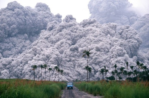 Taal Volcano in The Philippines Spews Ash All Over Manila In A 'Hazardous Eruption' - Science