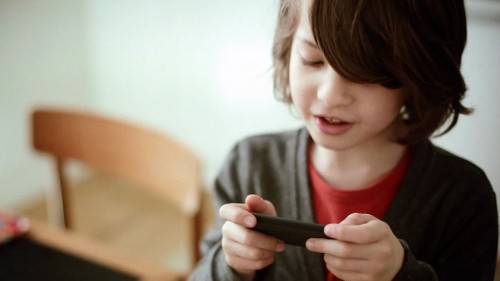 5 iOS Settings to Limit Your Child's Mobile Usage