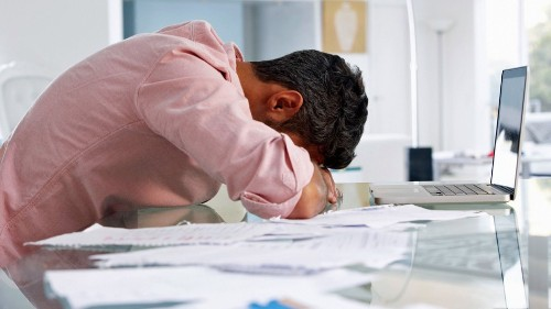 Starting a business is a marathon: 5 expert tips to avoid burnout