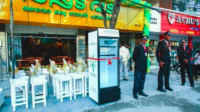 Restaurant's outdoor fridge holds free food for those in need
