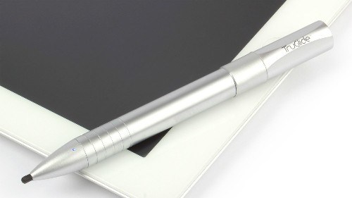 This Advanced iPad Stylus Could Make Tablet Writing a Lot Easier