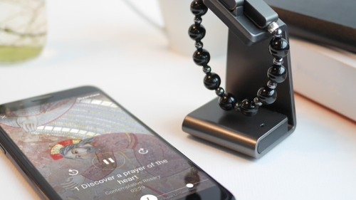 The Vatican wants you to pray with this smart rosary