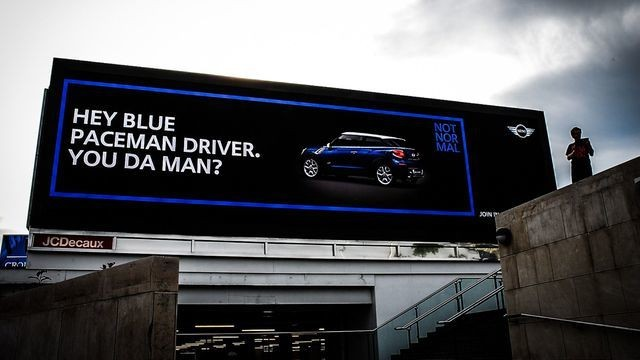 Electronic Billboards in London Deliver Special Messages to Mini Drivers
