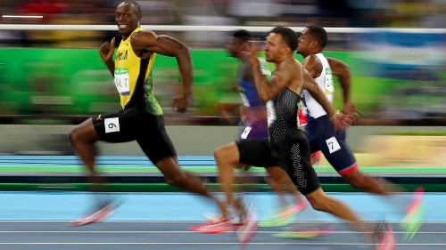 Man behind THAT Usain Bolt photo picks the best sporting shots of 2016