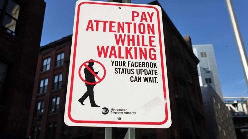 Texting while walking could soon be illegal in New Jersey