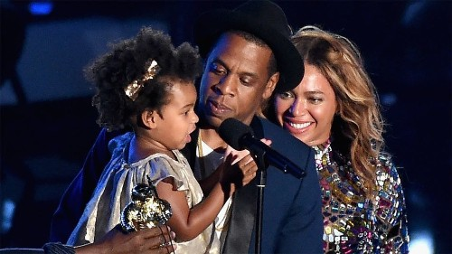 Blue Ivy Steals Mommy Beyonce's VMA Spotlight