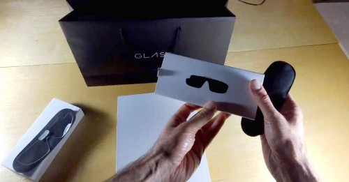 Google Glass Records Google Glass 'Unboxing'