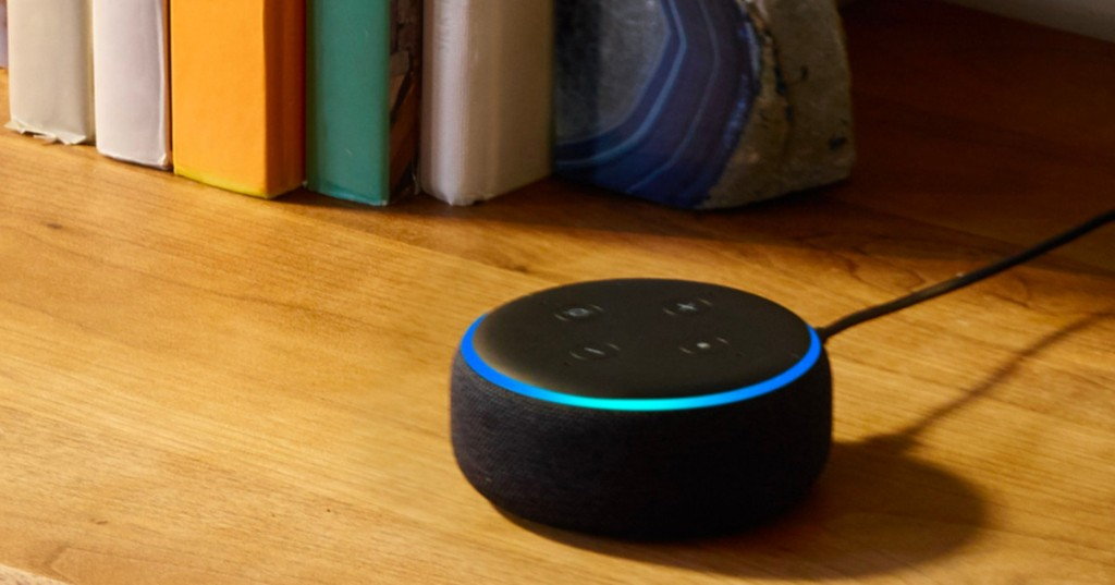 Alert: The Amazon Echo Dot is $18.99 *and* comes with a free smart bulb