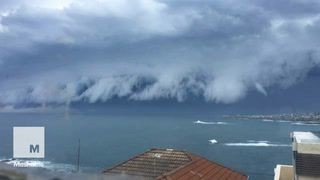 A terrifying storm just crept over an entire coast in Sydney