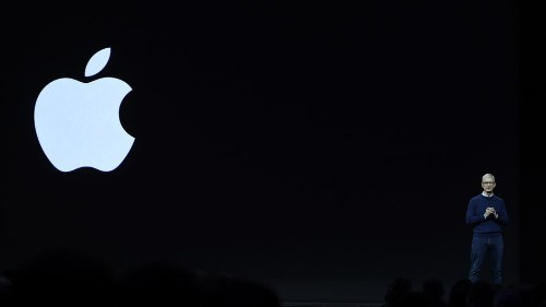 Apple's clever (and kind of risky) plan to dominate the week before its big event