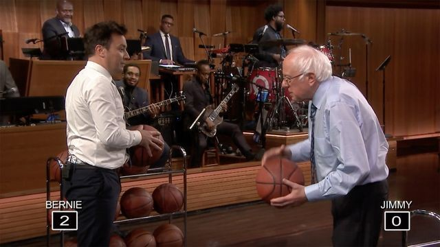 Bernie Sanders destroys Jimmy Fallon at basketball while answering campaign questions