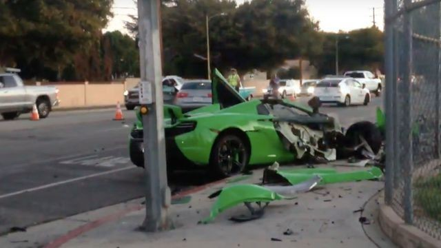 Internet mourns as $265,000 McLaren car demolished in crash