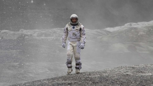 Why scientists are in a love-hate relationship with 'Interstellar'