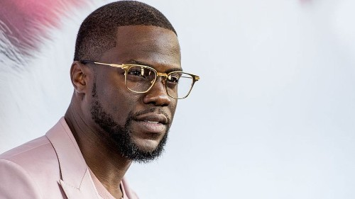 Your favorite rapper Kevin Hart signs to Motown Records