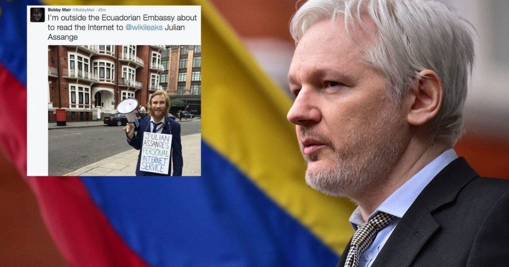 Someone is reading out the entire internet to Julian Assange