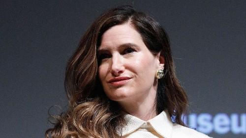 Watch Kathryn Hahn stare longingly at Rachel Weisz set to the 'Carol' score