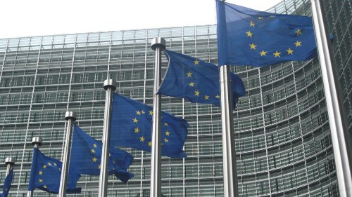 EU agrees to end roaming charges, announces net neutrality rules