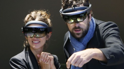Microsoft and Samsung join forces on 'mixed reality' headset