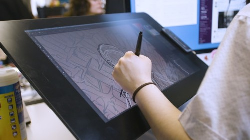 Wacom vs iPad Pro — which tablet is right for you? (Video Tech)